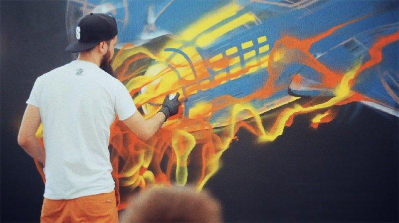 BamContent: SWAMP рисует в Москве