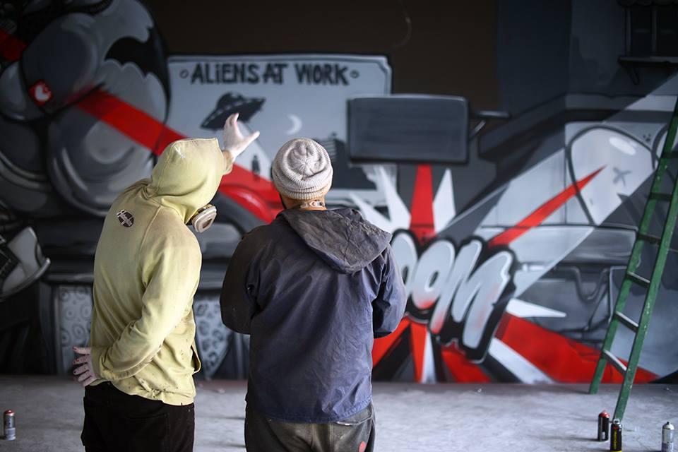 Видео: Arsek & Erase – RedVertex