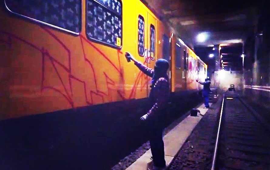 Видео: Turo, Odes, Ohio рисуют в Берлине