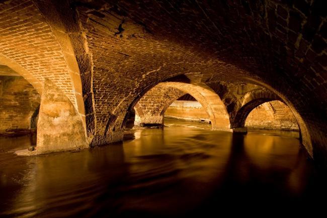 Река Bradford Beck, Англия,