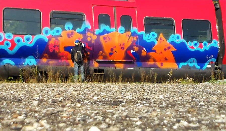 SPK рисуют на поездах в Копенгагене