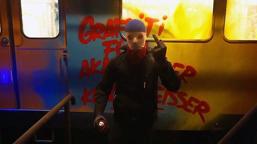 Moses & Taps – Brainsplash on Berlin subway