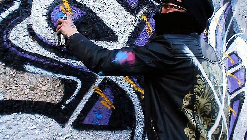 Sho – Rooftop graffiti