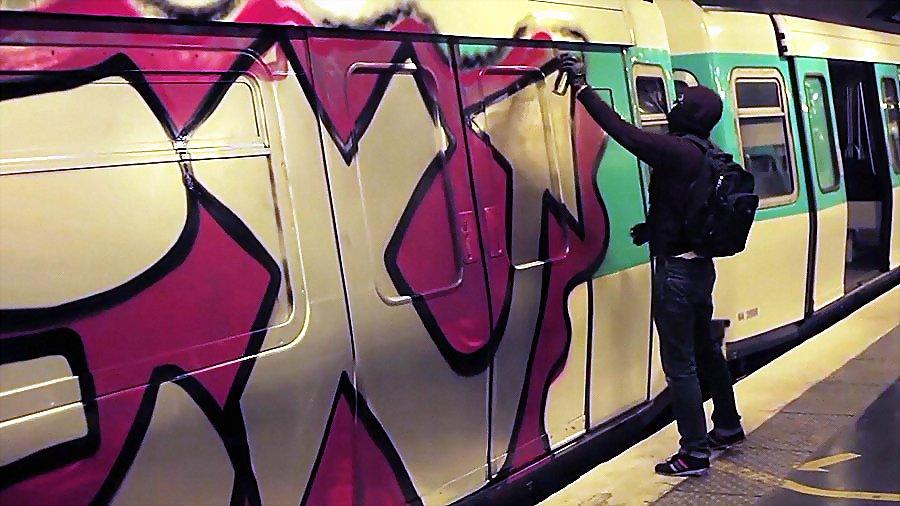 SEE HG MPV – Graffiti metro Paris #7-8