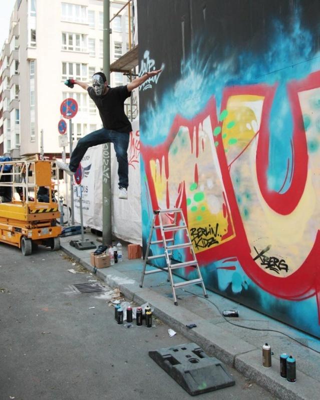 1UP CREW разрисовали фасад Городского музея Берлина