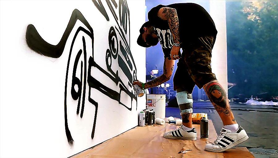 Перформанс Noize MC и Max13