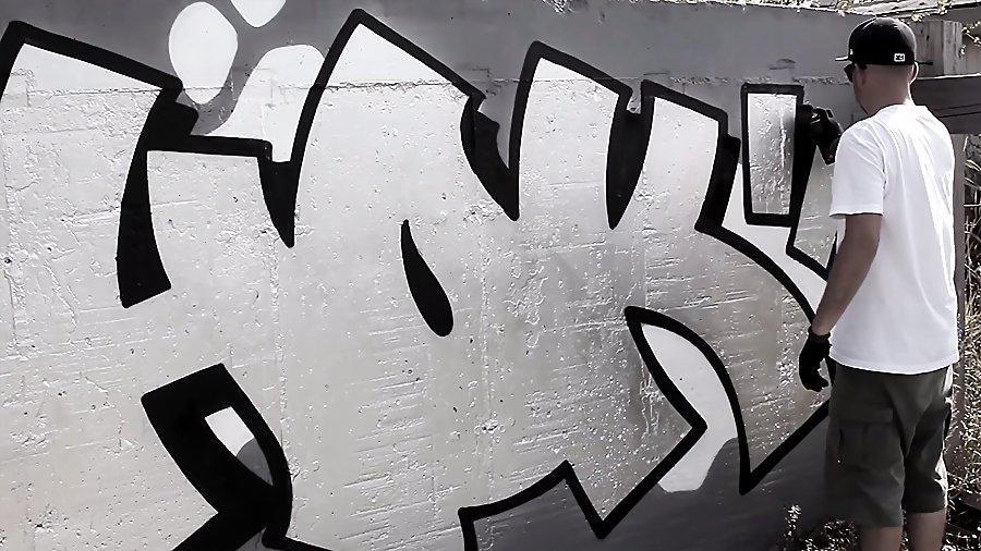 MONOCHROME 061 – SHOK