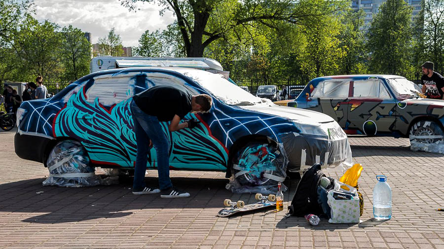 FOUS | BYFCHAMP GRAFFITI TRUCKS