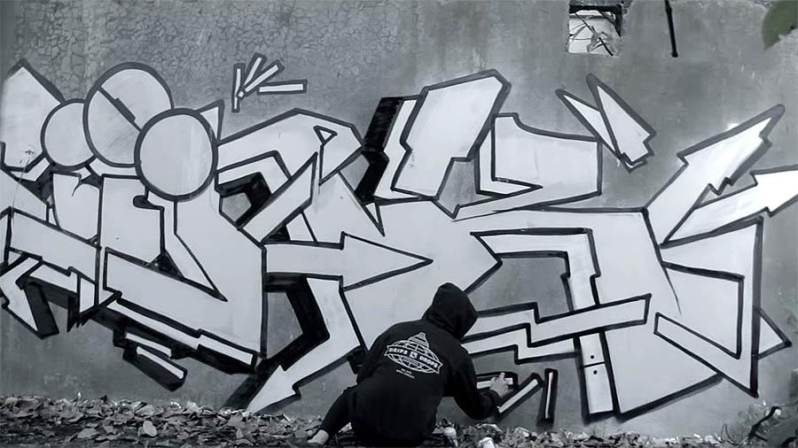 MONOCHROME 077 – JINK