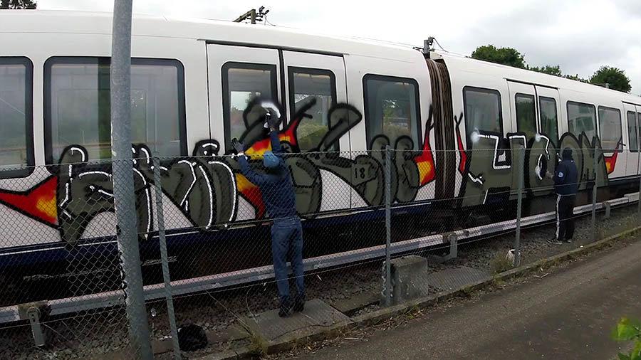 Copenhagen Metro Graffiti – Blanco Coco Homo
