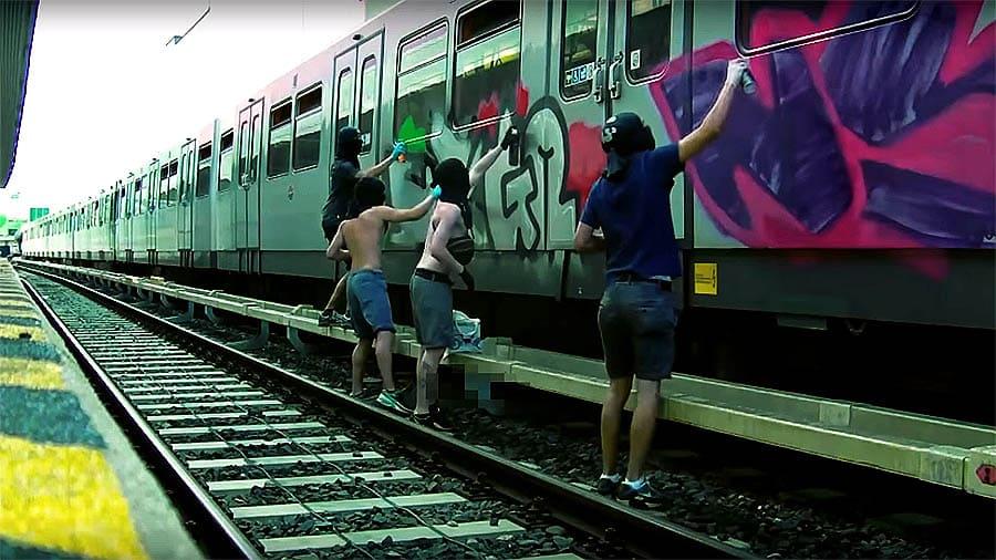 UNOFFICIAL-OFFICIAL | GRAFFITI VIDEO 2013