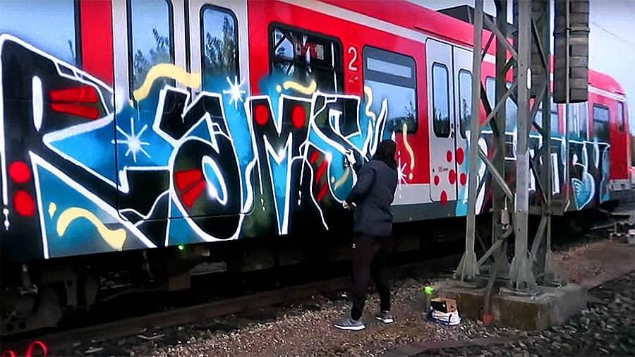 MECK – Daytime Train Graffiti