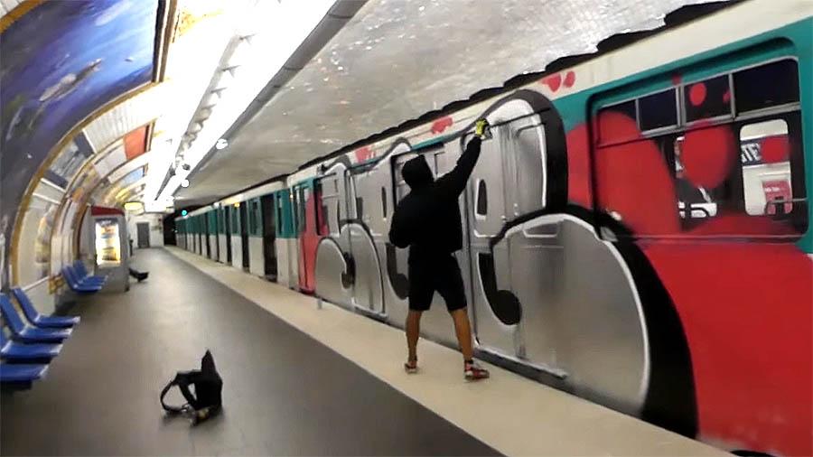 SEE HG MPV & FRIENDS – PARIS GRAFFITI METRO #2