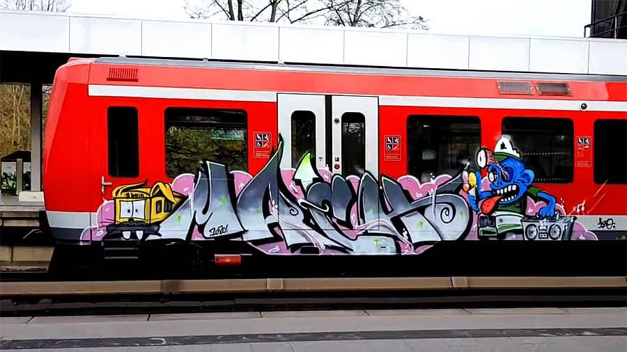 RUNNING IN: HAMBURG [02.2020.S-TRAINS]