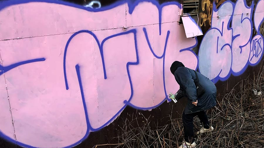 Color walls, throwup, tags