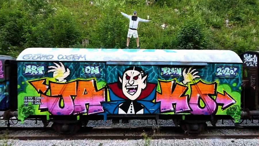 ART ON TRAIN 2.0