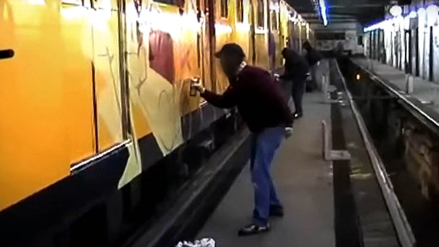 Graffiti In Berlin – 2005
