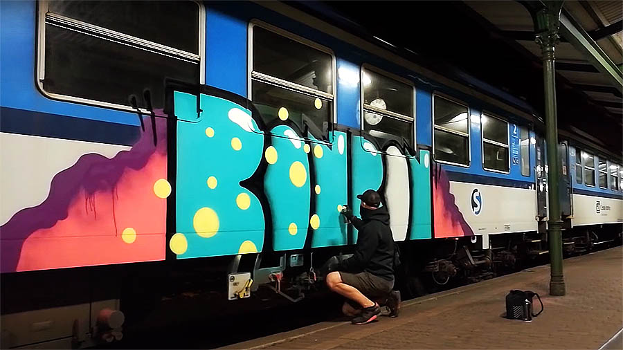 Bonbon On Trains
