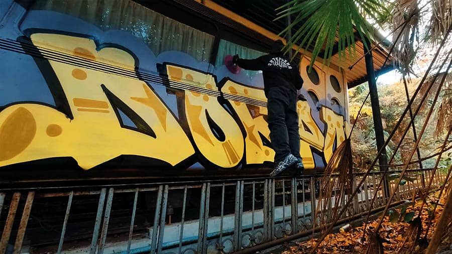 Burs One   Funicular bombing