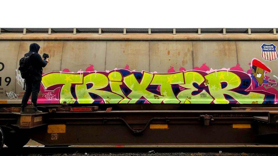 MR. Trixter   FREIGHT ACTION