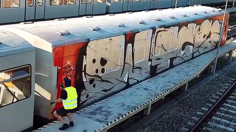 Sleeplezz – Austria Train Writing