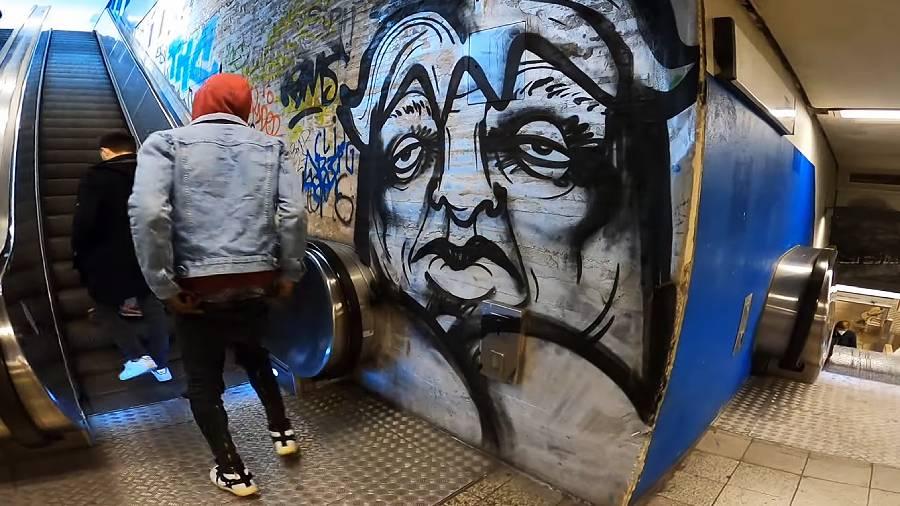 Berlin Creature Bombing with Gonzoe