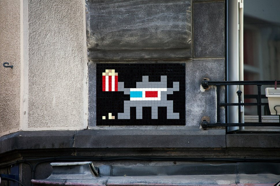 Space Invader стрит-арт