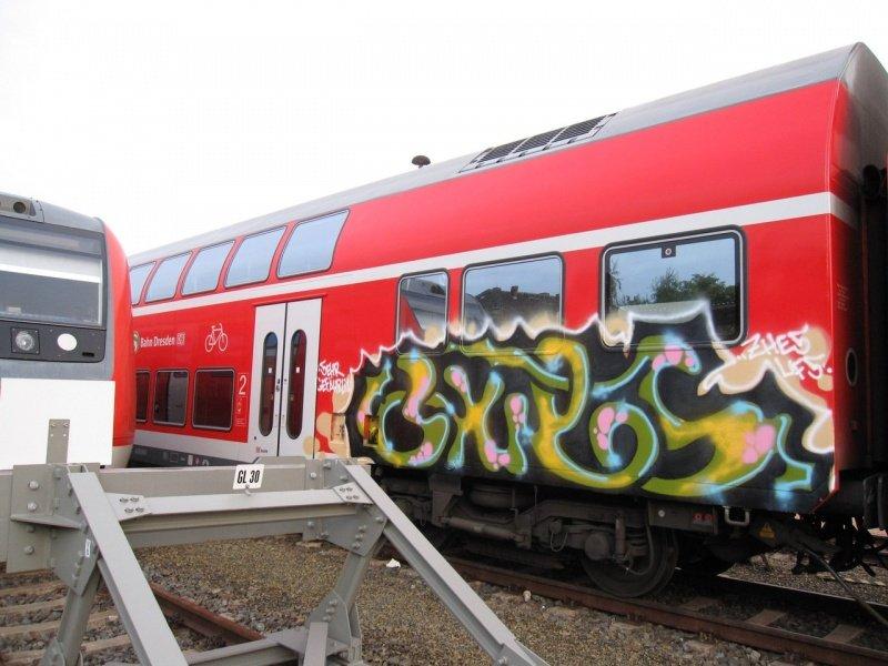10_graffiti